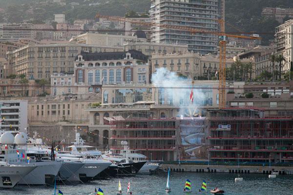 Motor Boat & Yachting   Yacht Club de Monaco