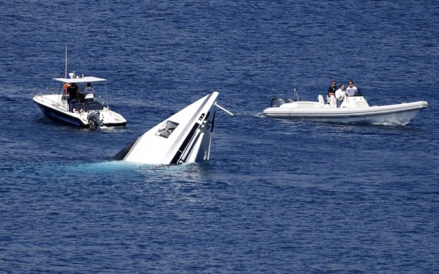Anchored Superyacht Sinks In France Motor Boat Amp Yachting