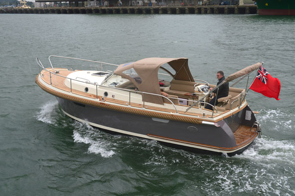 Motor Boat & Yachting | Intercruiser 29