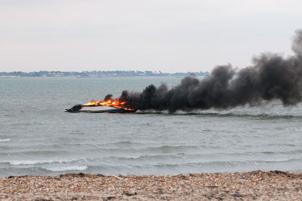 Motor Boat & Yachting   Meridian 341 Fire