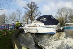 Stranded Fairline boat in Essex