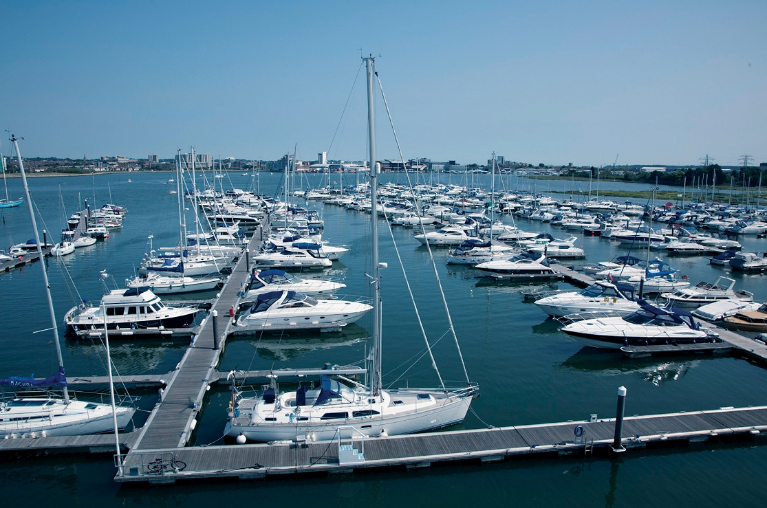 Cobbs Quay Marina.jpg