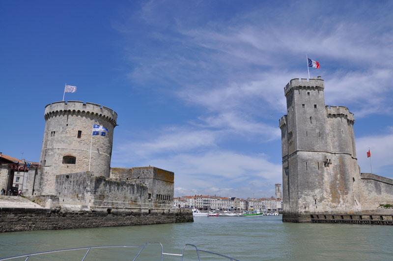 Entering-La-Rochelle-port.jpg