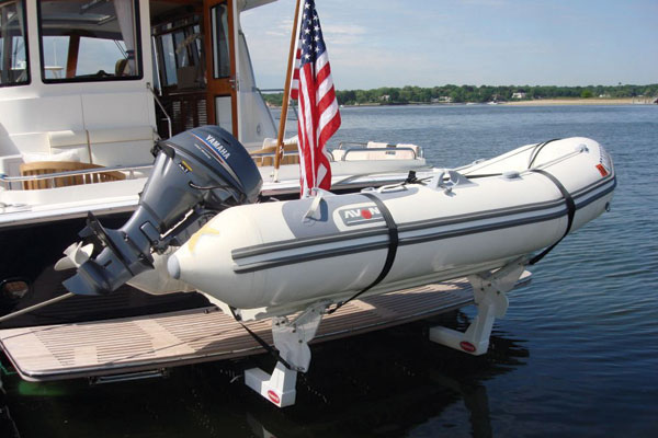 Tender Lifts For Boats : Freedomlift tender launch motor boat yachting