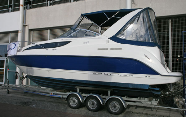 Bayliner 285  | Used Boat | Tullett Prebon London Boat Show