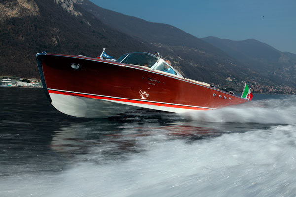 Motor Boat & Yachting   Riva Tritone Special Cadillac