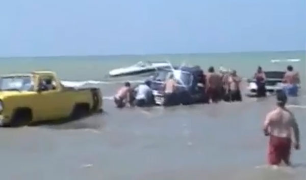 worst-boat-launch-ever.jpg
