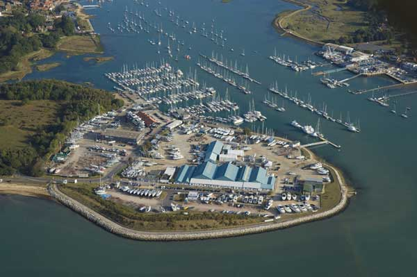 Hamble Point Marina   River Hamble   Gallery   Motor Boats Monthly  
