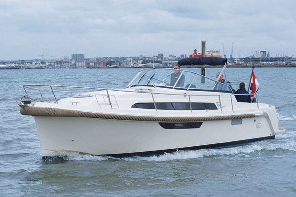 Motor Boat & Yachting | Intercruiser 31