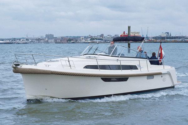Motor Boat & Yachting | Intercruiser 31