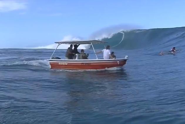 Boat fail swell
