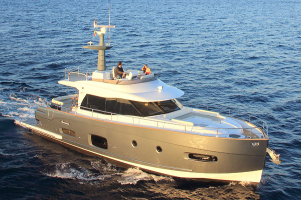Motor Boat & Yachting | Azimut Magellano 53