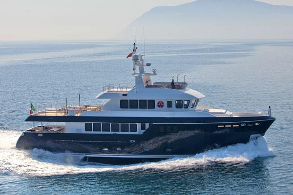 Motor Boat & Yachting | Darwin 96