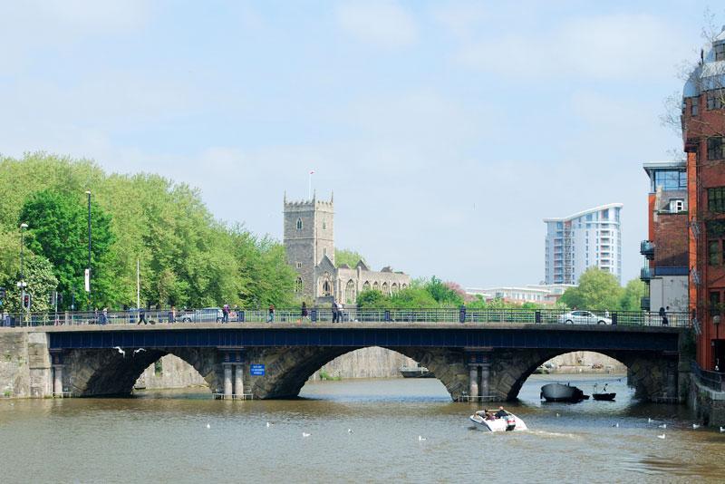 Bristol_Bridge.jpg