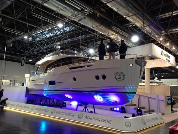 Greenline 48 Hybrid