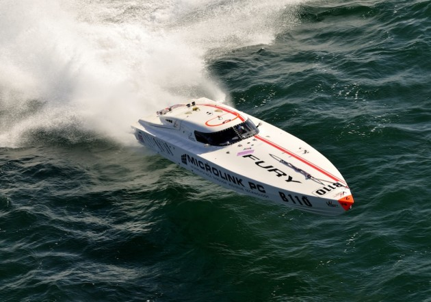 Microlink Fury powerboat racing