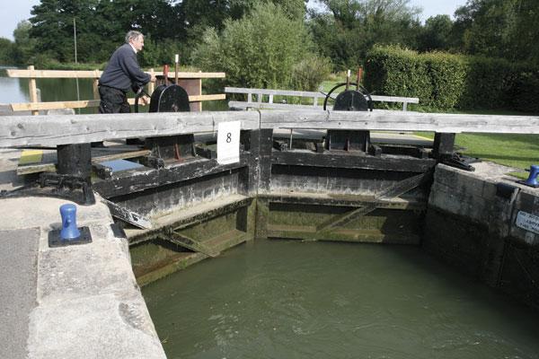 Lock-keeper at Thames lock