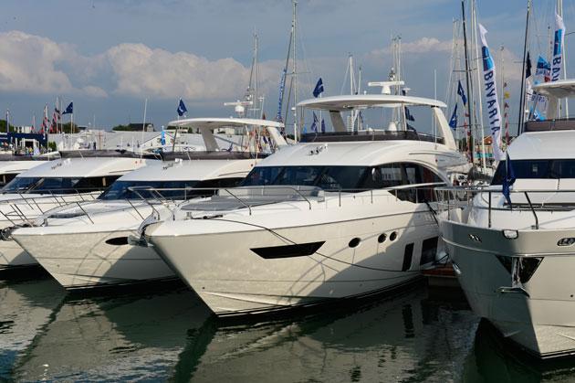 Princess 68 Motor Boat Yachting