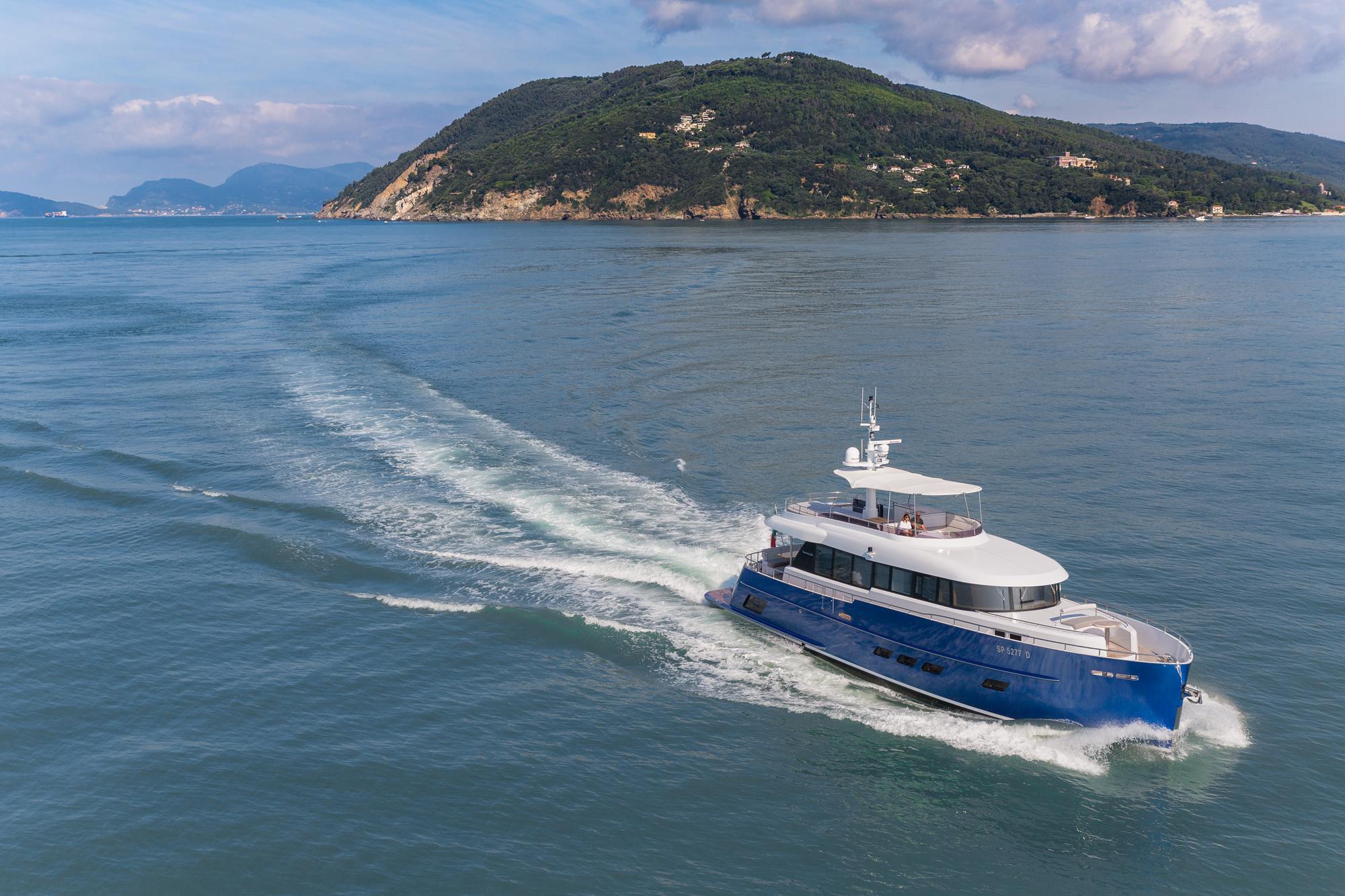 Gamma 20 - MY Libertas - Andrea Bocelli trawler yacht