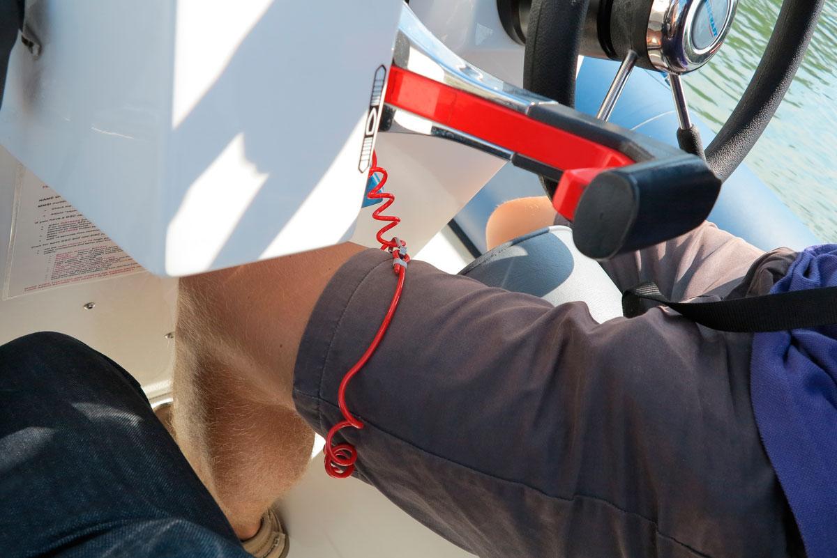Kill cord worn on thigh