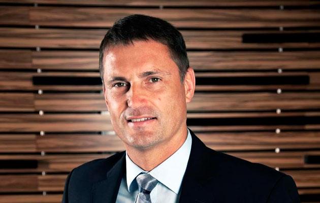 Philip Popham Sunseeker CEO to employ ex-Fairline staff?
