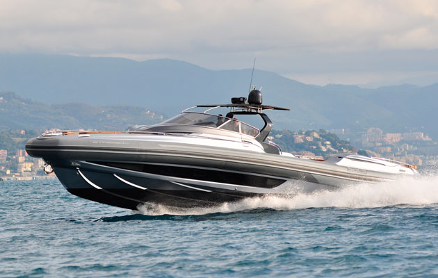 The Sacs Strider 19 has been described as the world's largest tender