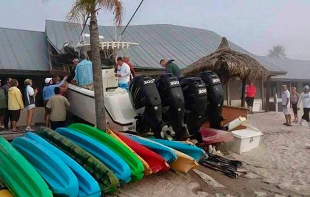 Powerboat crash Tampa Bay bar