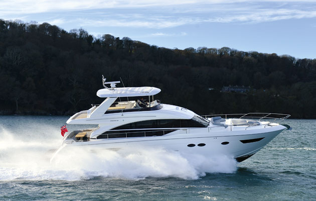 Video princess 68 tested in exclusive sea trial motor Princess 68 motor yacht
