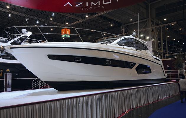 Azimut Atlantis 43 at Dusseldorf Boat Show