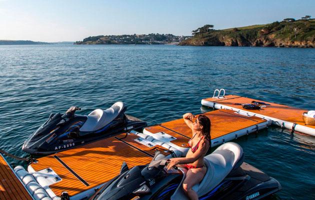 Nautibuoy inflatable yacht pontoon