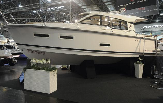 Nimbus 305 Coupe at Dusseldorf Boat Show