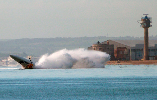 Vector powerboat crash flip near Hamble Point - investigation could lead to a Southampton speed limit