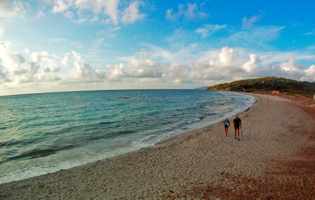 Mdl france to design saint tropez beach moorings motor boat yachting - Plage de saint tropez ...