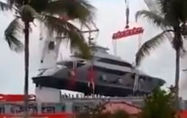 Superyacht dropped in Panama