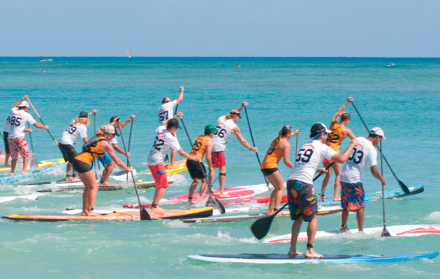 Stand-up paddleboard race