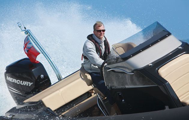 Shearwater 890S will star in sea trial event