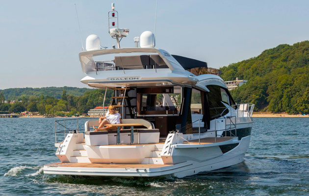 Galeon 500 Fly the ultimate party boat? | Yacht Boat News