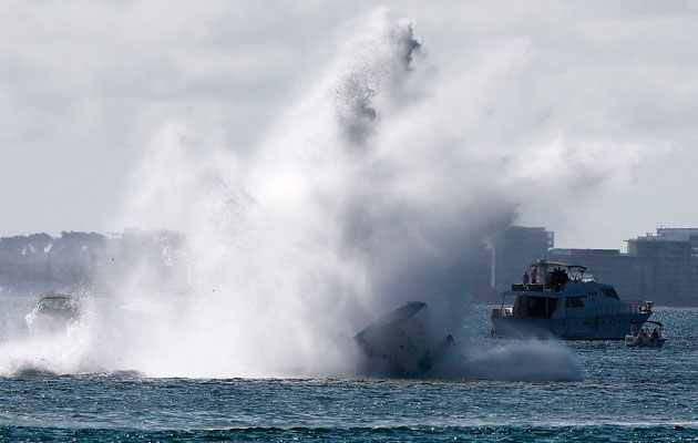 Gold Coast powerboat powercat flip crash