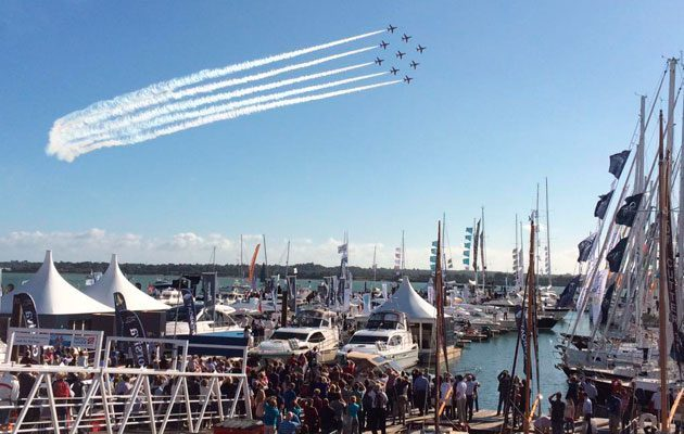 Southampton Boat Show attendance 2015 - Red Arrows