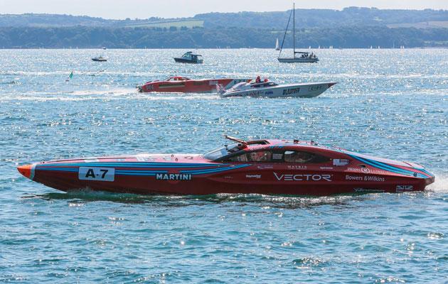 Vector Martini Rosso 2015 Cowes Torquay Classic
