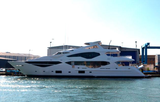 Sunseeker 131 Yacht - exterior