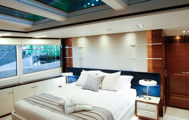 Princess 30M - owner cabin