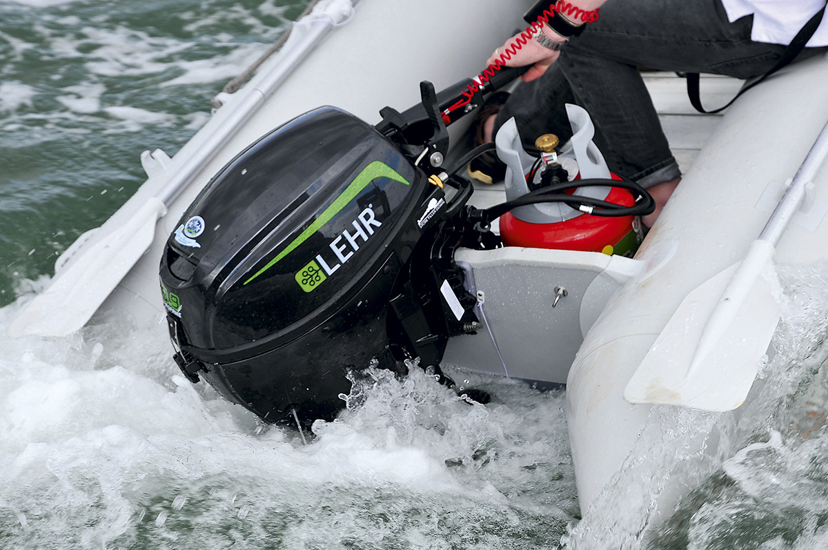 The ultimate 10hp outboard engine group test page 3 of 7 for 10 hp boat motors