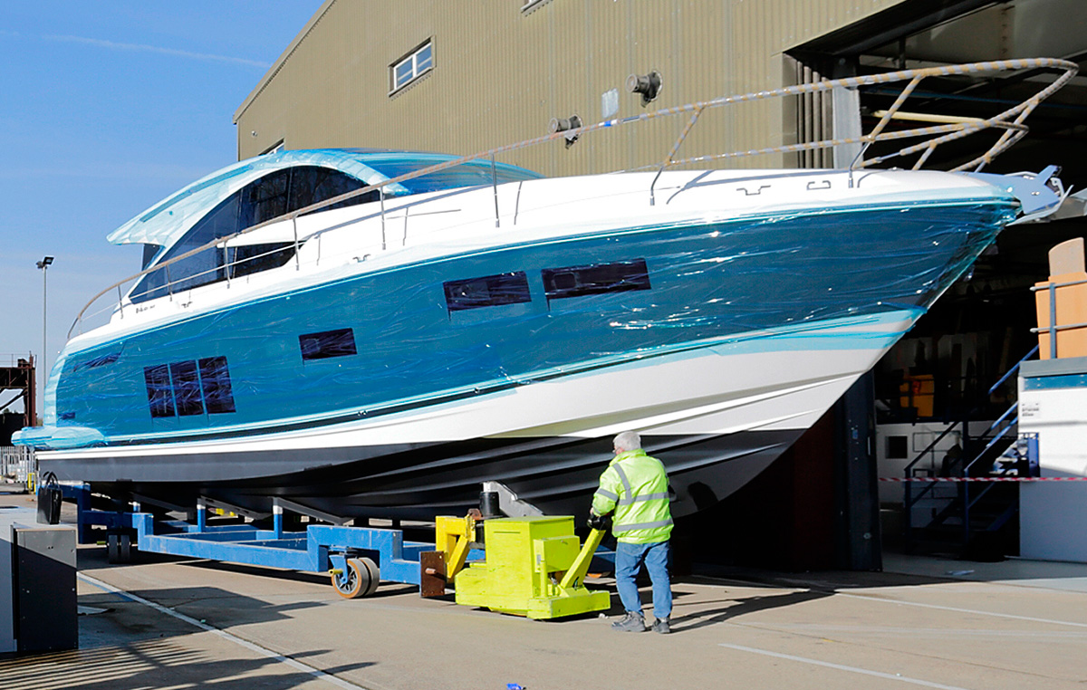 Fairline Targa 48GT rolls off production line