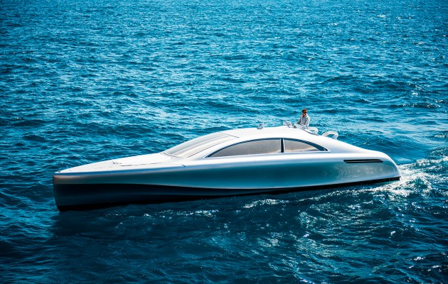 Mercedez Benz speedboat - portside aspect