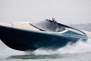 Video Aston Martin Am37 Has License To Thrill Motor Boat Yachting