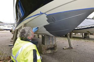 How to antifoul your boat