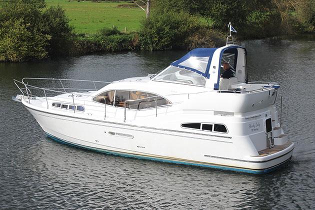 bateau swift 42