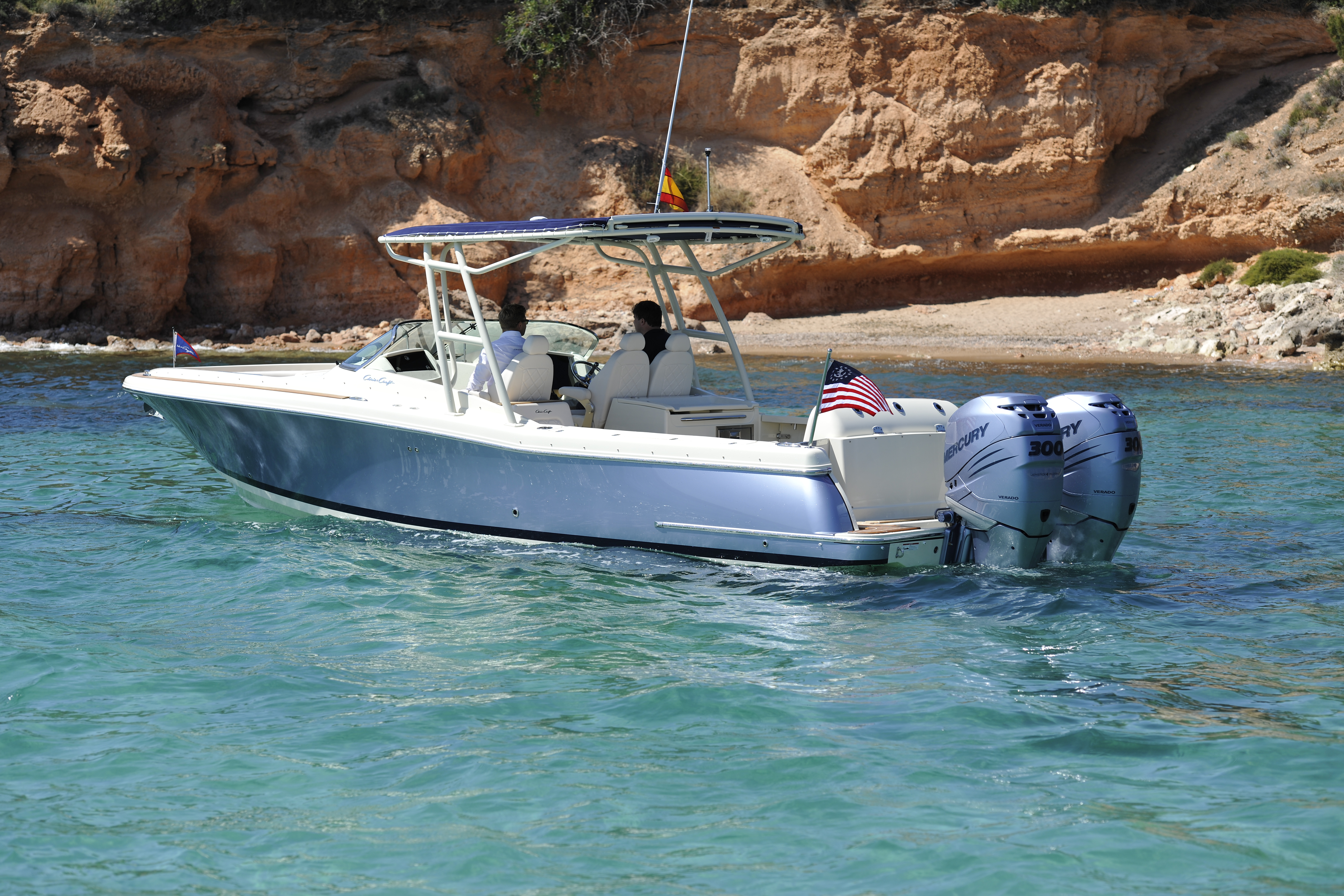 boat accessorised with seakeeper