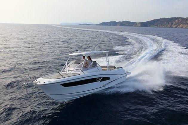 Boat Test: Jeanneau Cap Camarat 9 0 WA and Jeanneau Cap Camarat 9 CC